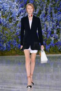 christian-dior-spring-summer-2016-look-2__large